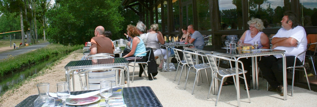 restaurant base de loisir de moncontour